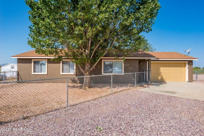 24370 N Diamond Head Avenue, Paulden, AZ 86334