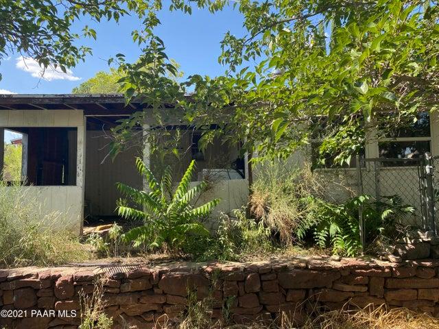 17441 E Bob White Road, Mayer, AZ 86333