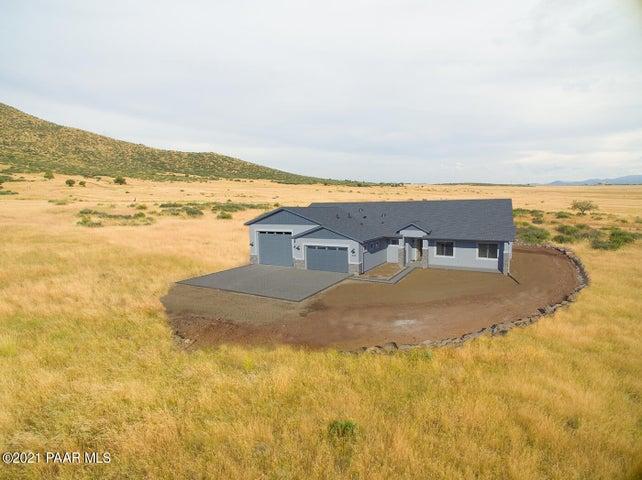 9051 N Desert Winds Way, Prescott Valley, AZ 86315