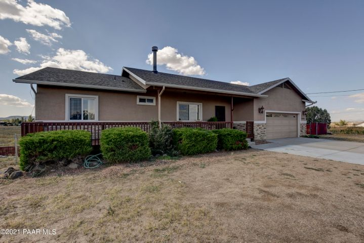22320 N Malapai Ridge Road, Paulden, AZ 86334