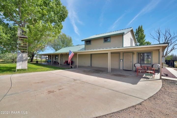 125 E Harpson Trail, Paulden, AZ 86334