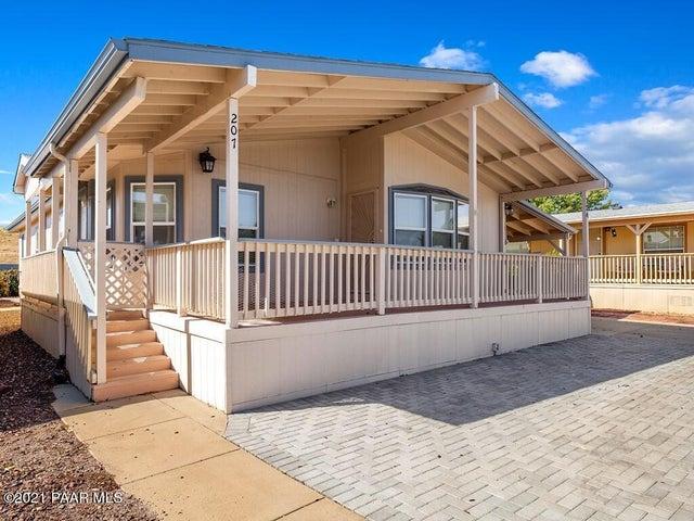 724 N Mesquite Tree Drive, Dewey-Humboldt, AZ 86327