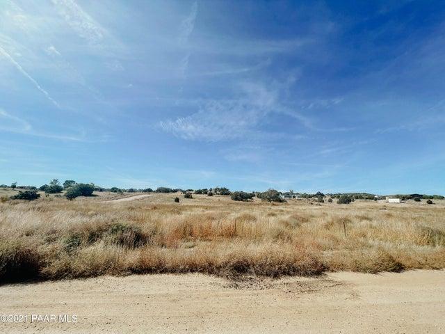 520 N Son Shine Drive, Chino Valley, AZ 86323