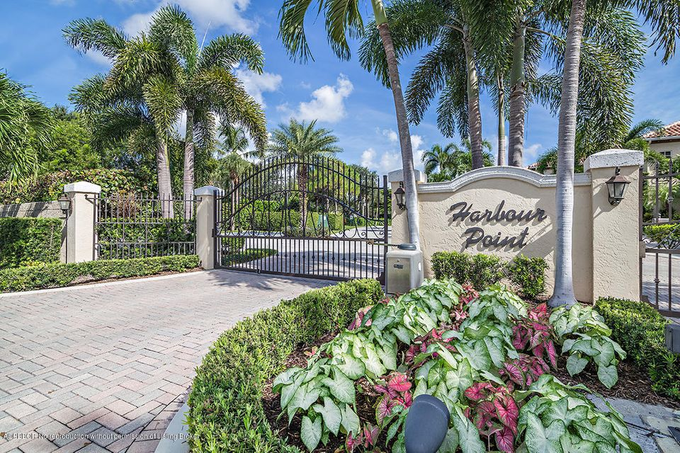 MLS #17-1848 | 717 Harbour Point Drive, Palm Beach Gardens FL 33410