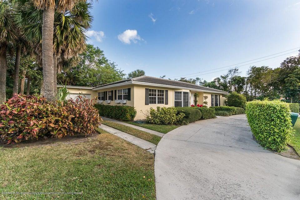 1585 N Lake Way, Palm Beach, FL 33480