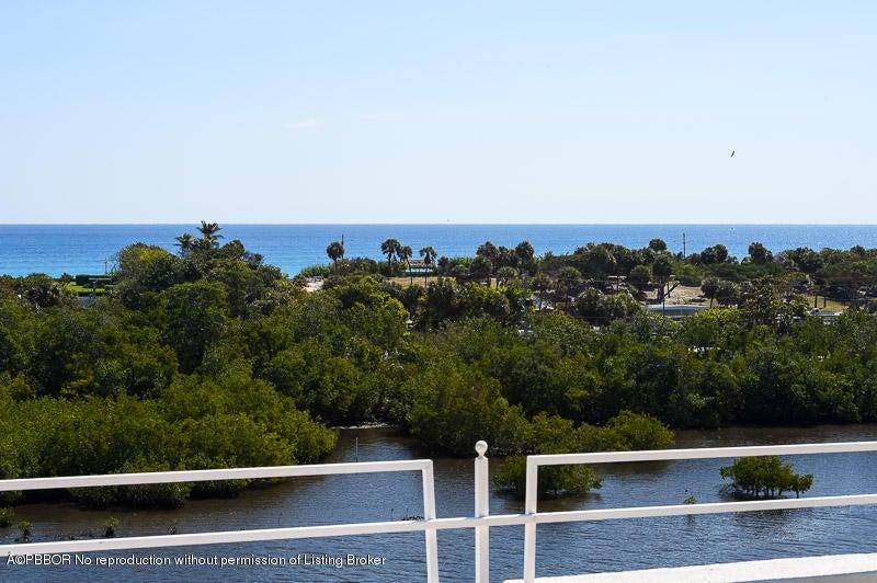 2155 Ibis Isle Rd TE, Palm Beach, FL 33480