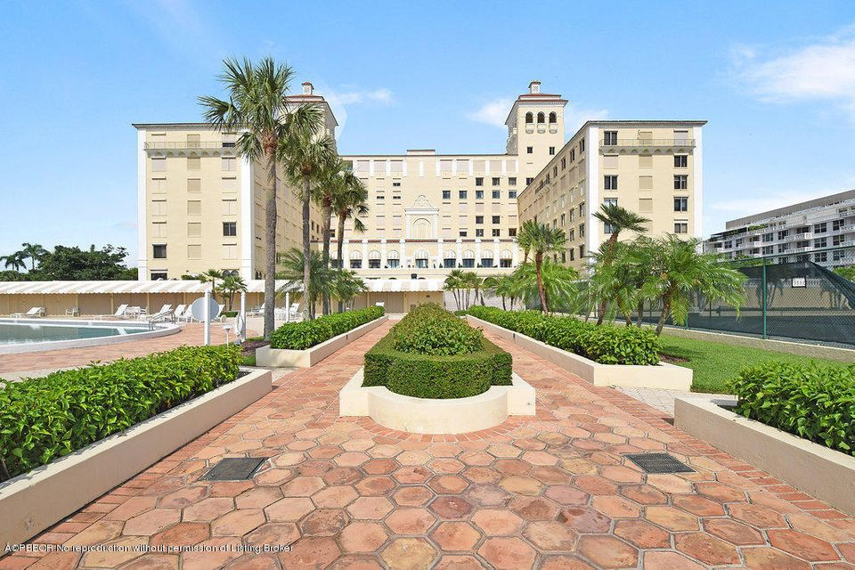 150 Bradley Place 510, Palm Beach, FL 33480
