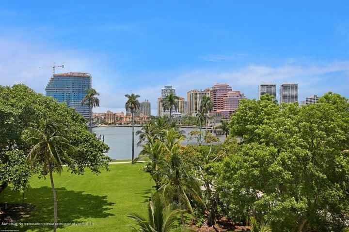 315 S Lake Drive 5C, Palm Beach, FL 33480