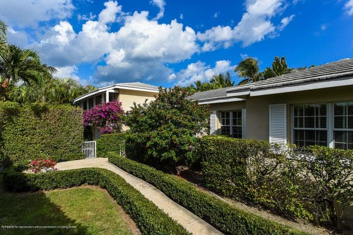 1305 N Ocean Way, Palm Beach, FL 33480