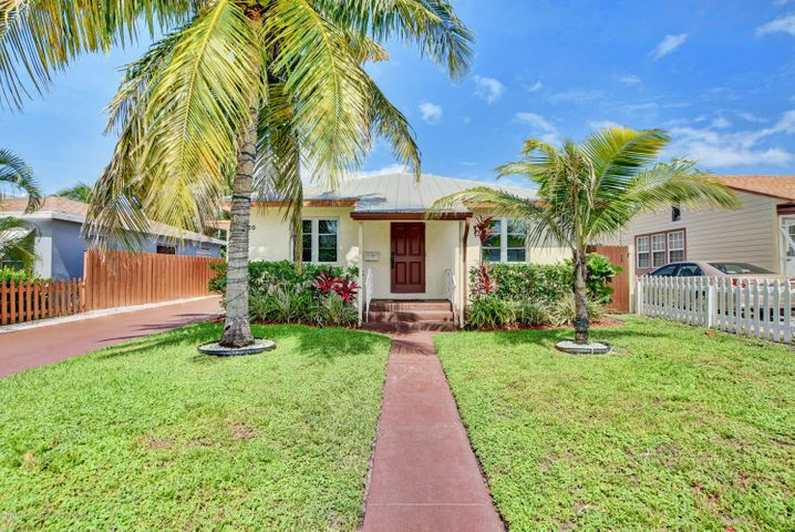 620 N J Street, Lake Worth, FL 33460