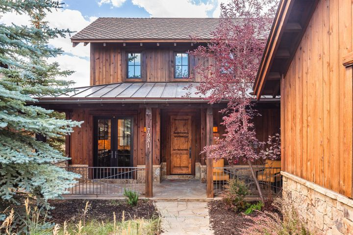 This well-priced cabin has the Deer Valley, Park City, and Olympic Park views everyone wants. Updated with light paint, comfortable, contemporary furnishings, and a stone fireplace, this house is turn-key and ready to move in. This home comes with a main-level master, a large deck, and a front porch facing a grassy park that will allow you to enjoy colorful sunrises and sunsets. This house has never been rented, and has been lovingly cared for. Located in Promontory, Park City's best private community, this home is a short walk from swimming pools, the Pete Dye Golf course, the fitness center, tennis courts, the spa, and The Shed (ask about it, it's awesome!). A Promontory golf membership is available for this house.