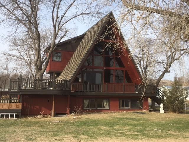 127 3rd Ave, Ft. Pierre, SD 57532