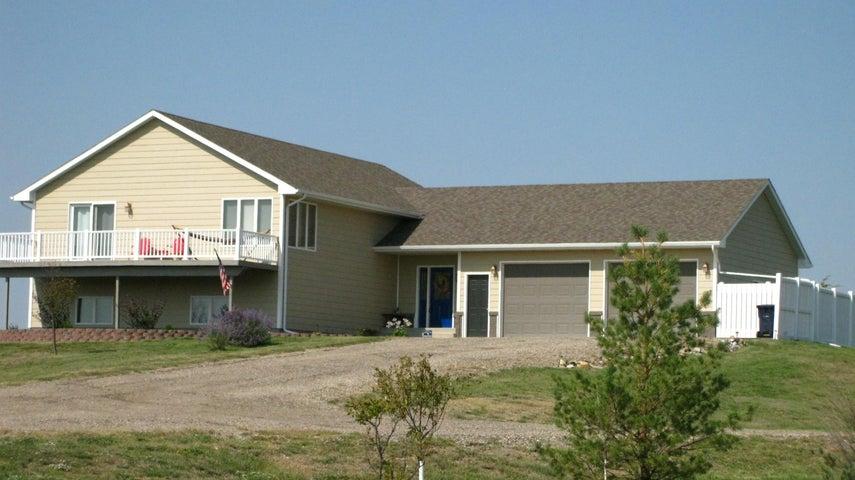 20927 Cliffside Road, Pierre, SD 57501