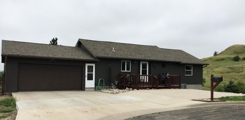 707 W 1st Ave, Ft. Pierre, SD 57532