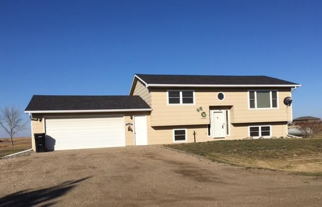 28866 Merry Road, Pierre, SD 57501
