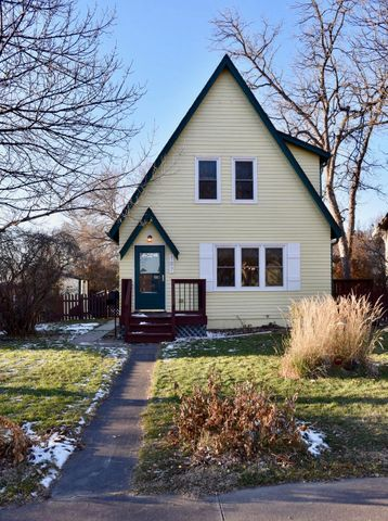 107 S Willow Ave, Pierre, SD 57501