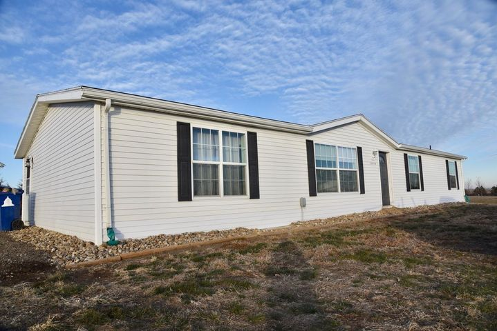 20538 Buhl Ave, Pierre, SD 57501