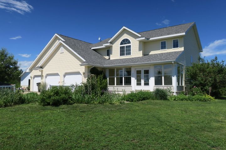 20073 Autumn Place, Pierre, SD 57501