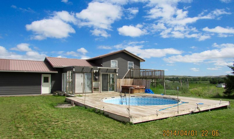 613 Shamrock Lane, Ft. Pierre, SD 57532