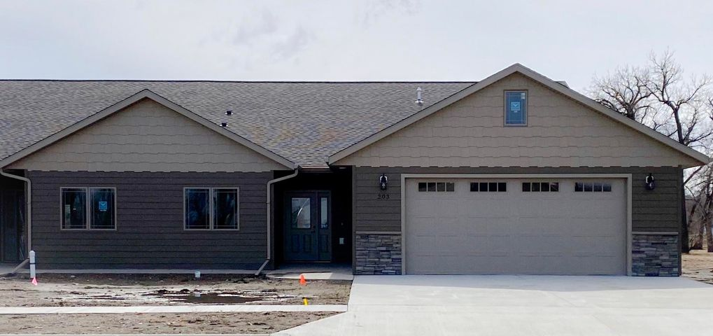 203 Pheba Ave, Ft. Pierre, SD 57532