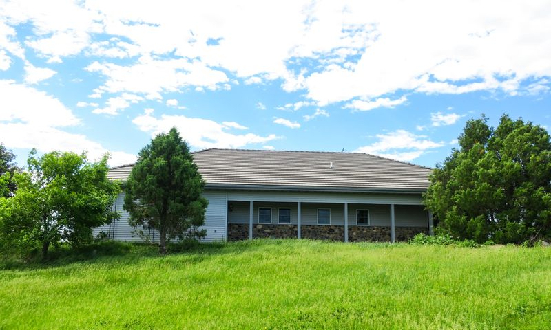 19999 Runge Road, Blunt, SD 57522