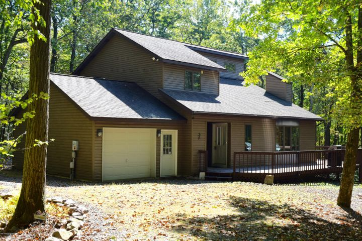 15 Recreation Dr, Jim Thorpe, PA 18229