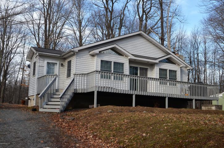 233 TROUT CRK, Pocono Lake, PA 18347