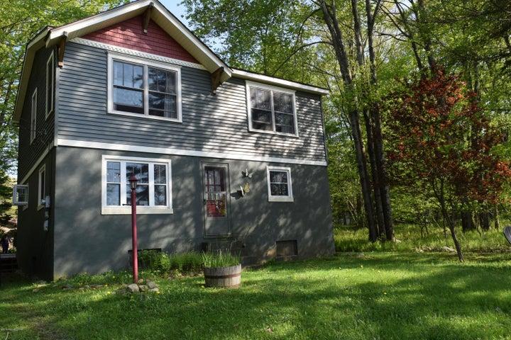 1314 Lakeview Dr, White Haven, PA 18661