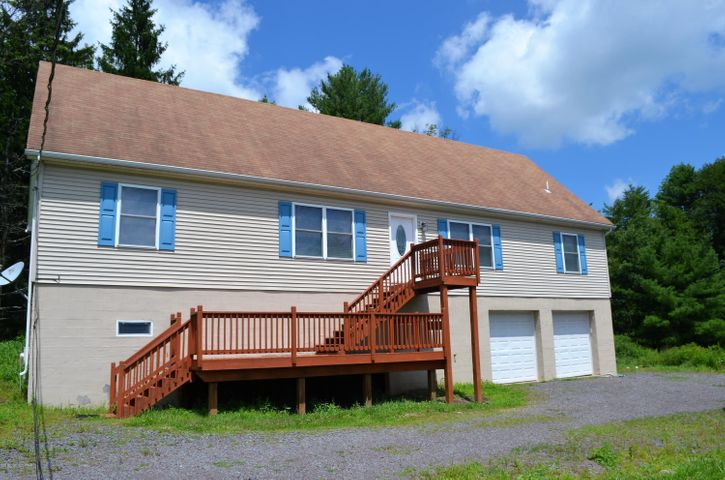 400 Buck Blvd, White Haven, PA 18661