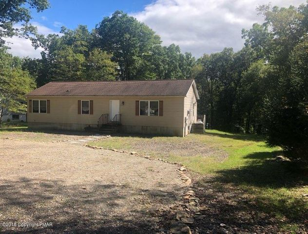 32 Hunter Ln, Albrightsville, PA 18210
