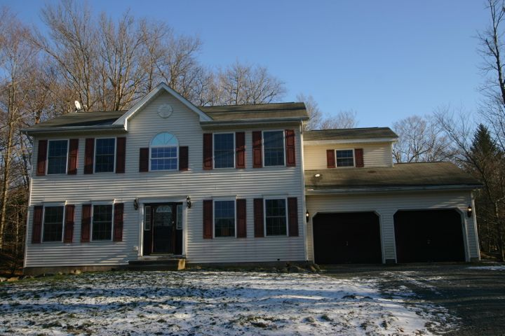 315 Panther Rd, Tobyhanna, PA 18466