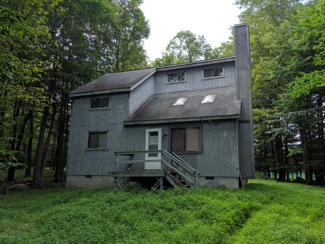 24 Fawn Court, Gouldsboro, PA 18424