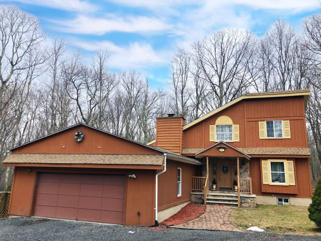 3567 HIGH CREST RD, Canadensis, PA 18325