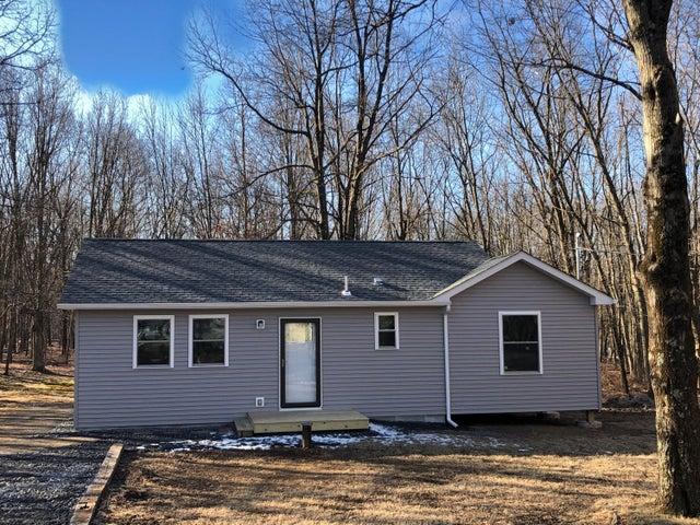 127 Sycamore Cir, Albrightsville, PA 18210
