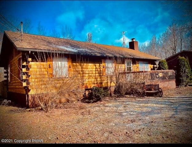 297 Kuhenbeaker Rd, Blakeslee, PA 18610
