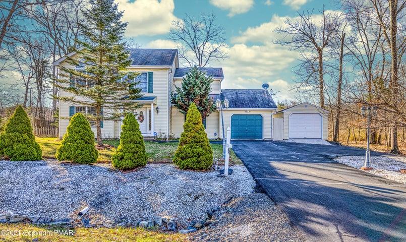 123 Kirkham Rd, Bushkill, PA 18324