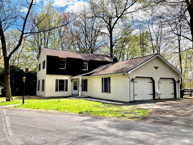 139 Maple Ave, East Stroudsburg, PA 18301