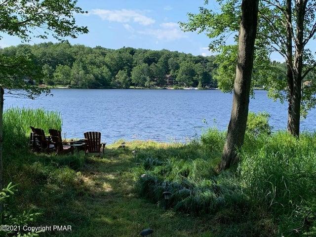 153 (Arrowhead Drive) Lodge Place, Pocono Lake, PA 18347