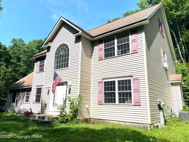 2589 Pine Mountain Rd, Stroudsburg, PA 18360
