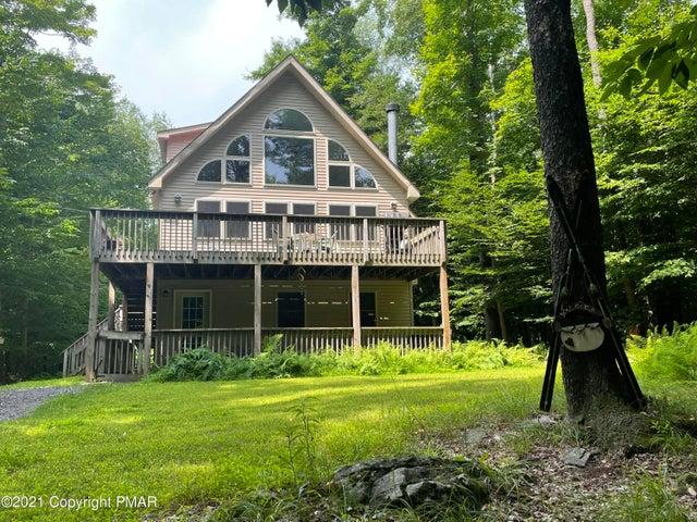 24 W Creek View Dr, Gouldsboro, PA 18424
