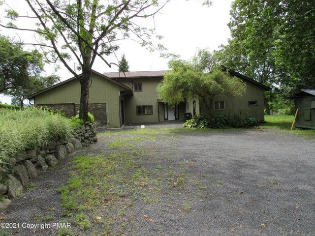 110 Breezy View Ln, Stroudsburg, PA 18360