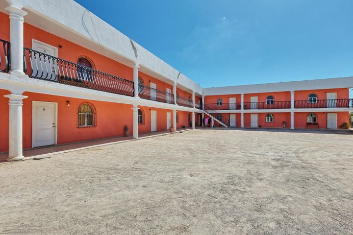 ******** ********, ******** Puerto Penasco