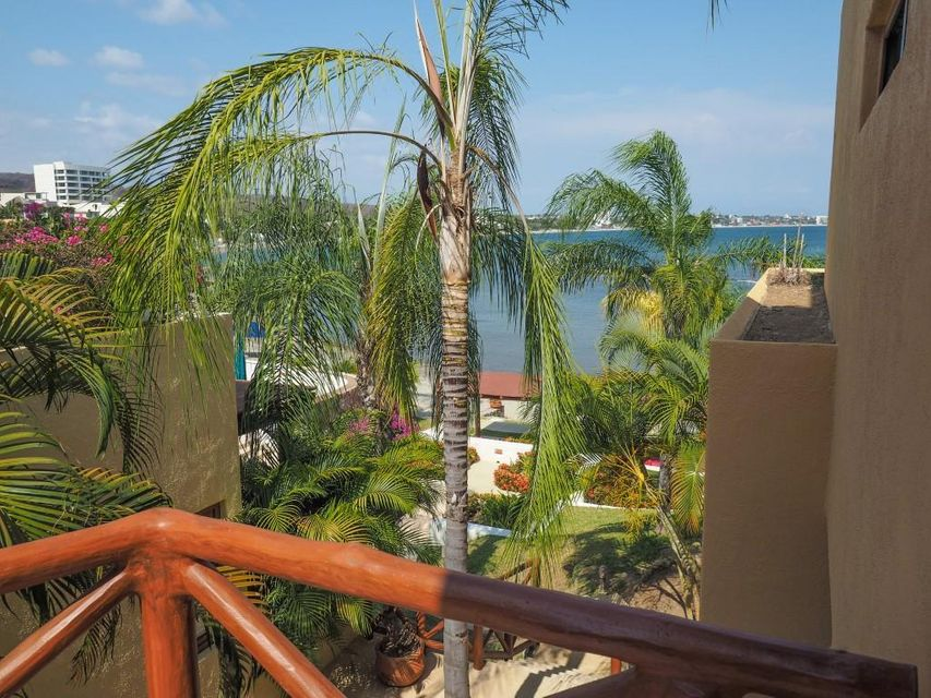 Punta Esmeralda Perla 3