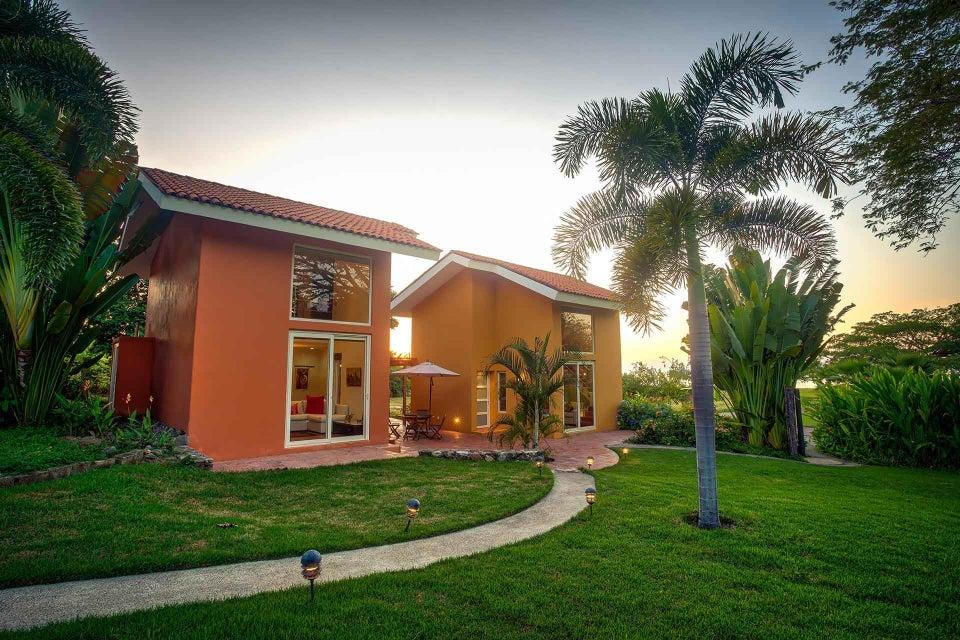 Casa Acuarelas & Casitas