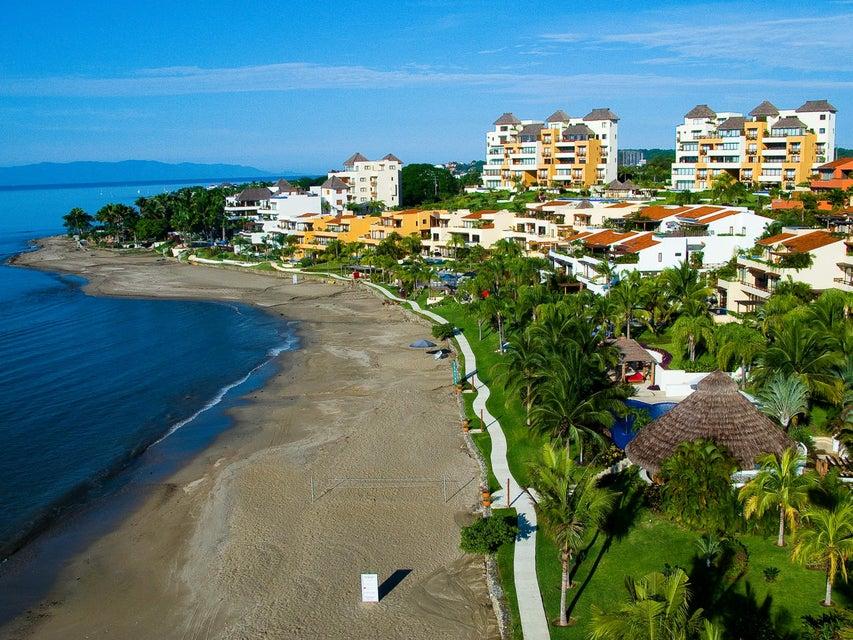 Punta Esmeralda-Parota 103