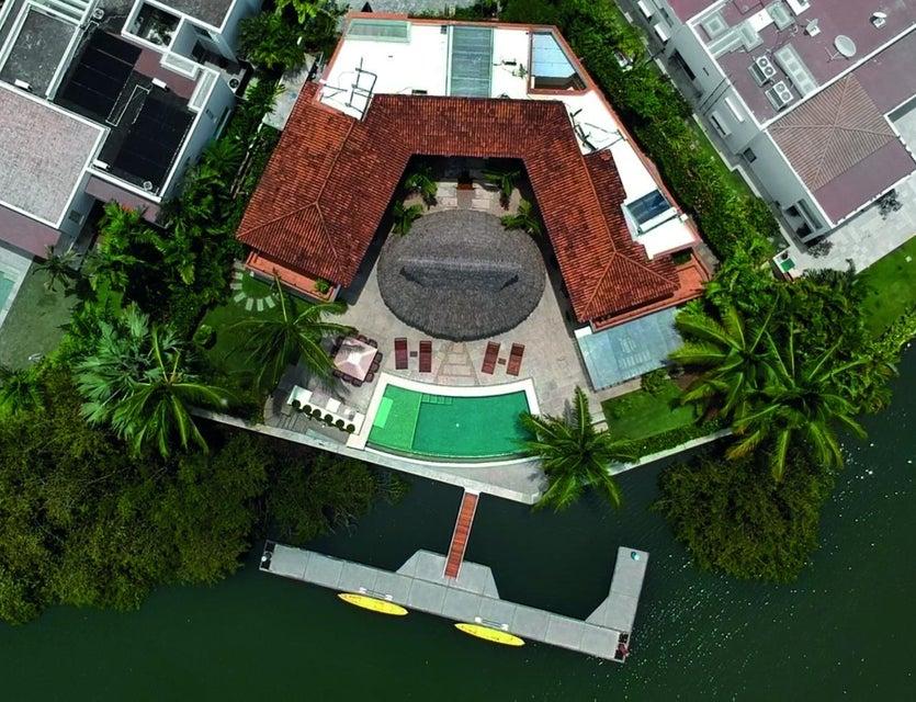 Villa Capitan 7