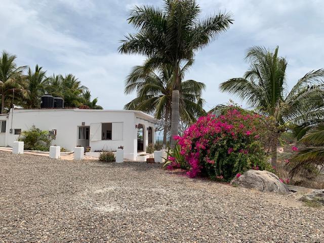 Casa Platanitos