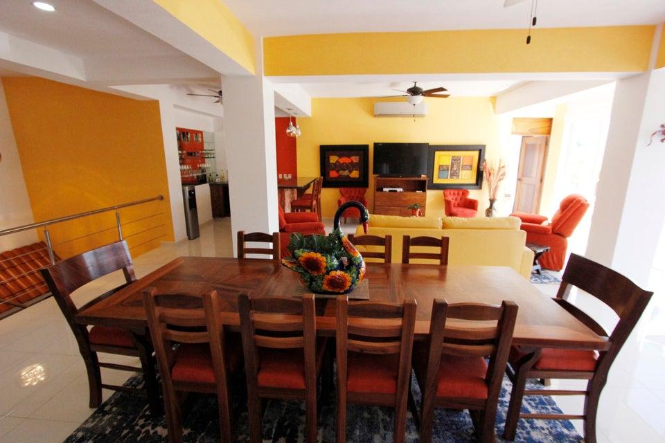 Hacienda Los Mangos PH 1
