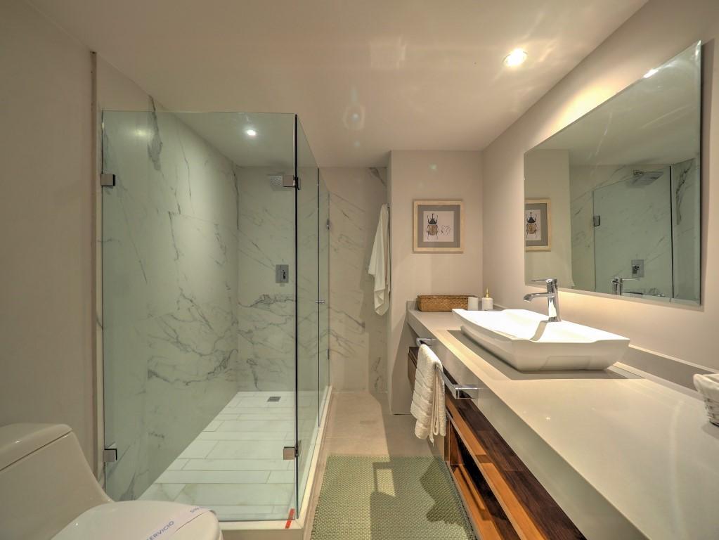 [Harbor171Model]-26 Bath1