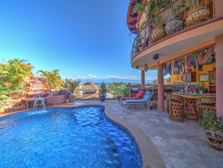 Villa Vista Royal pool